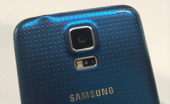 Samsung-Galaxy-S5-Blue