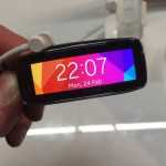 Samsung Gear Fit: Smartwatch versteckt im Fitness-Band – Hands On Video