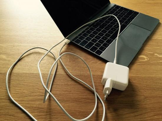 MacBook-2015-Power-Adapter-USB-Type-c