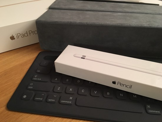 Apple Pencil und Smart Keyboard