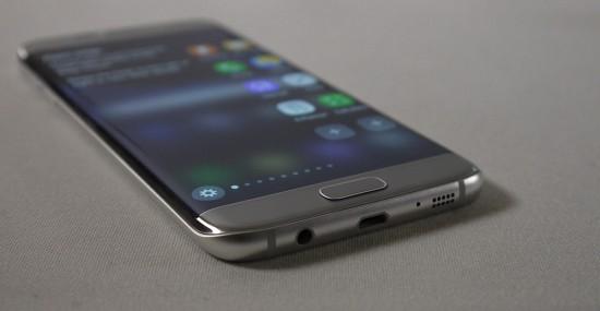 Galaxy-S7-Micro-USB-Port