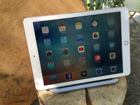 Logitech-Base-iPad-Pro-Stand-Front