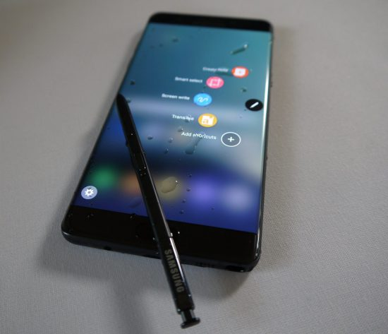 Galaxy Note 7 Water S Pen on Screen