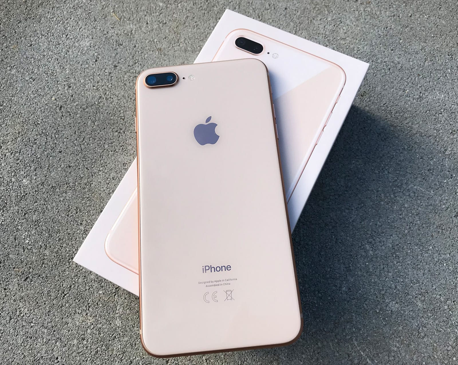 Iphone  Plus Gold Hulle